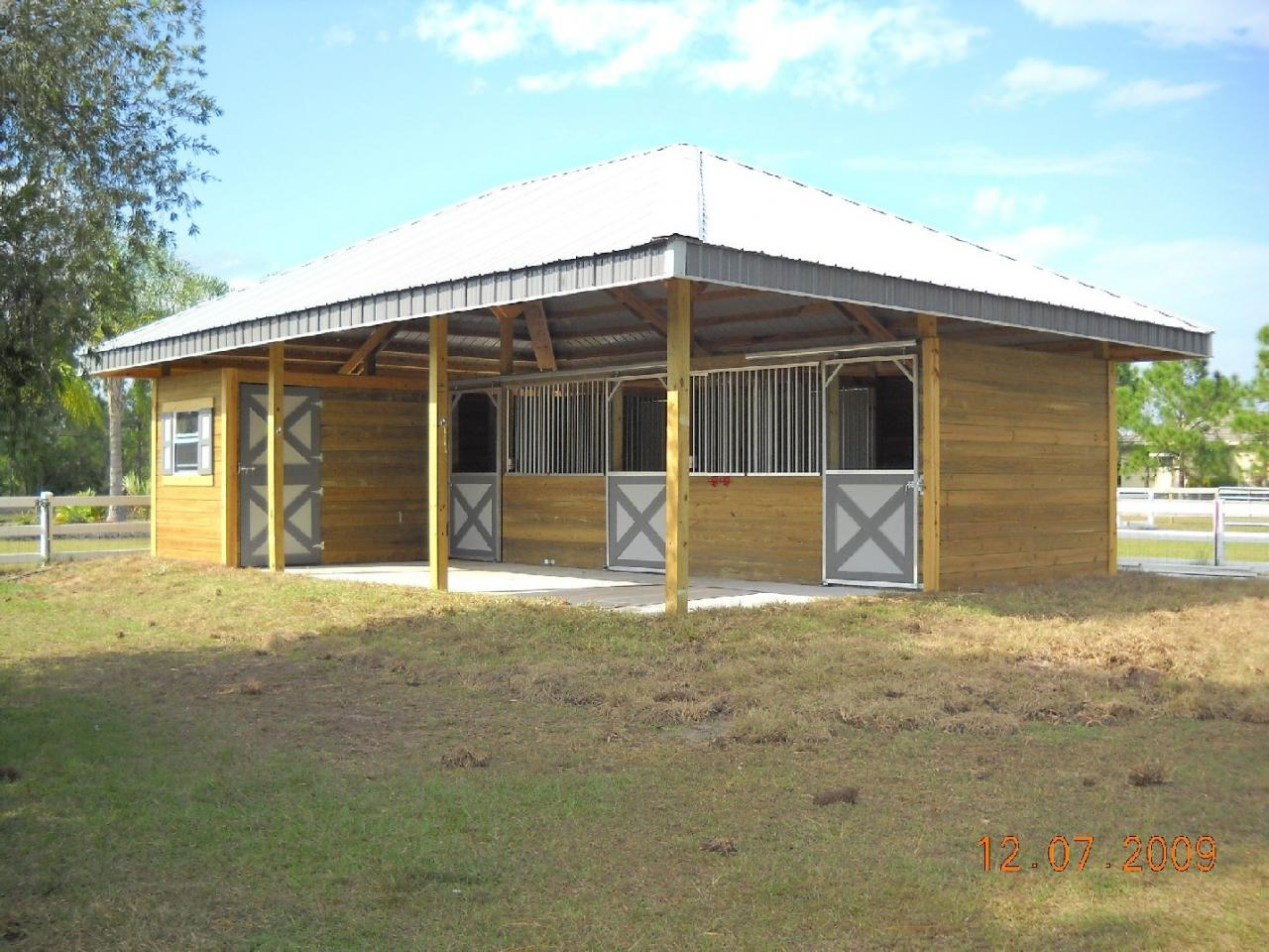 Download how to build a shed row horse barn haddi for Affordable barn homes
